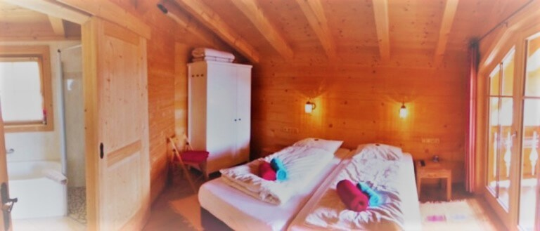 Holidayhome Austria bath and bed